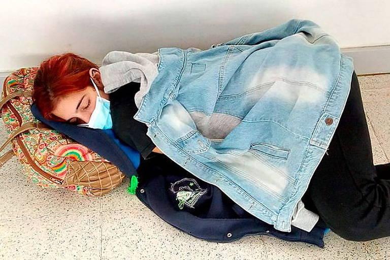 A jovem Lara Arreguiz, que morreu enquanto aguardava leito em hospital para tratar coronavírus