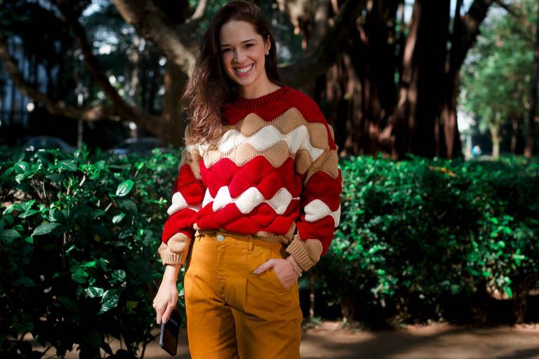 Tricô, couro e matelassê: moda inverno chega com glamour confortável