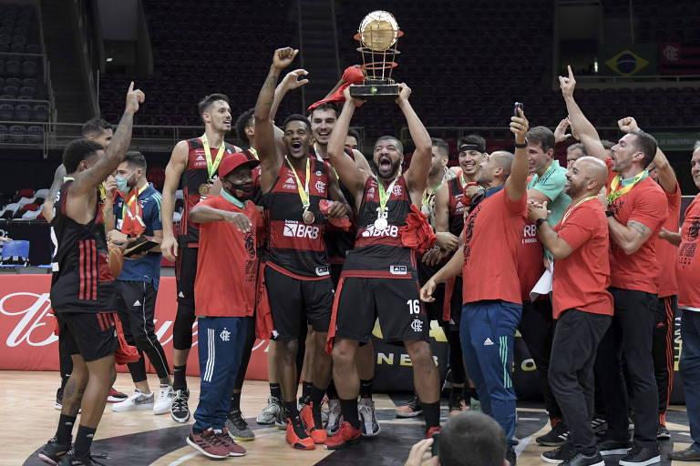 Flamengo faz 3 a 0 no São Paulo e fecha temporada histórica com título do NBB