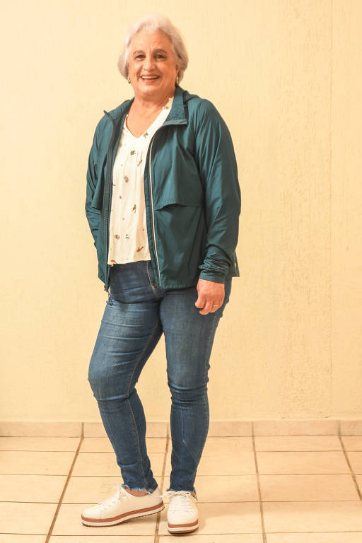 Cida Fernandes, 70