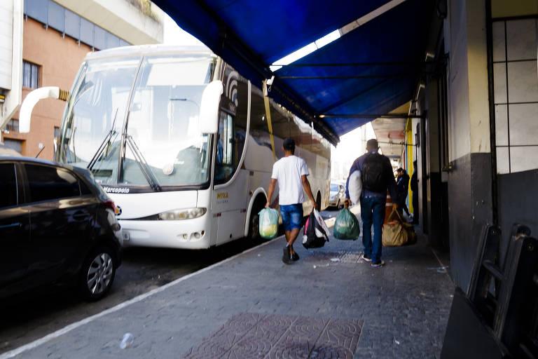 Barreiras sanitárias na capital paulista não monitoram transporte alternativo e clandestino