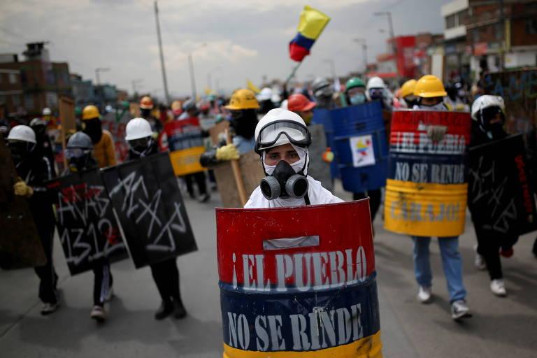 Atos que marcam um mês de protestos na Colômbia deixam ao menos 4 mortos