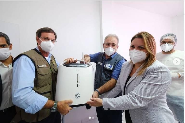 Governo Bolsonaro envia equipamentos para cidades sem urgência em PE e elas redistribuem para as que precisam