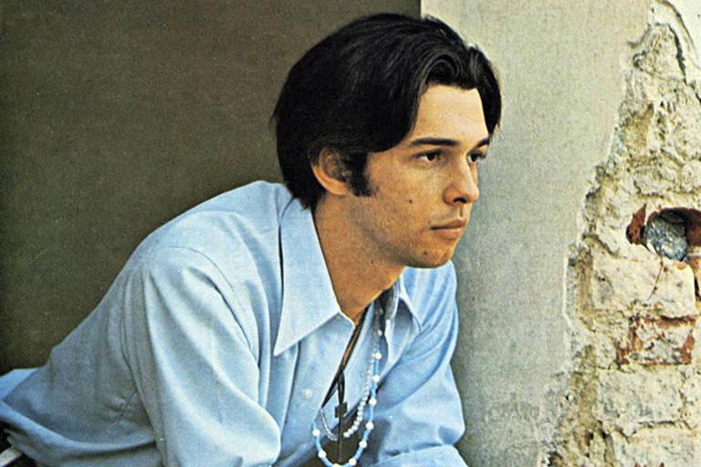 O cantor José Mauro, que foi considerado morto pela gravadora, mas está vivo
