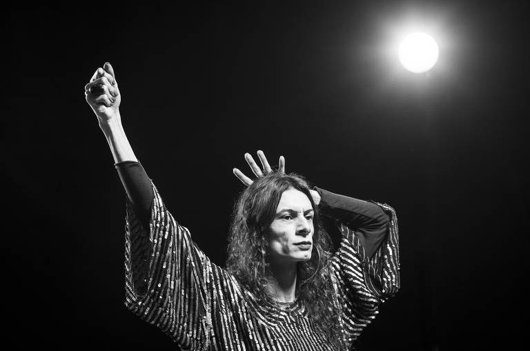 'Liberdade, Liberdade', peça clássica contra a ditadura, tem releitura com atriz trans
