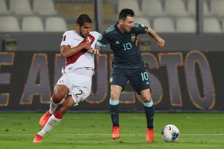 Messi em ação pela Argentina na última rodada de Eliminatórias, em novembro de 2020