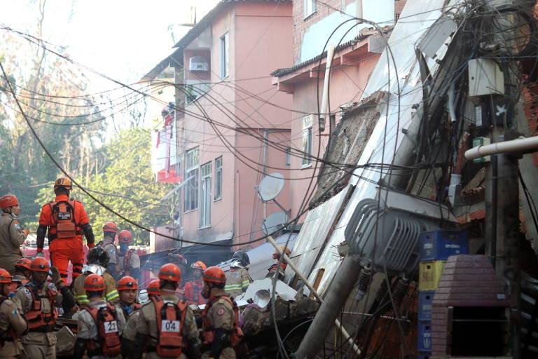 Prédio de quatro andares desaba na zona oeste do Rio