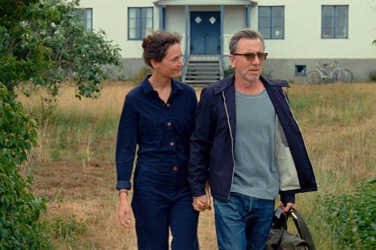 Filme que homenageia Bergman avança aos soluços e termina aquém da promessa