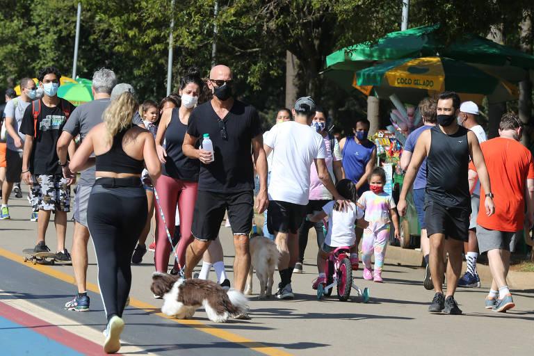 Parque do Ibirapuera recebe visitantes no feriado de Corpus Christi