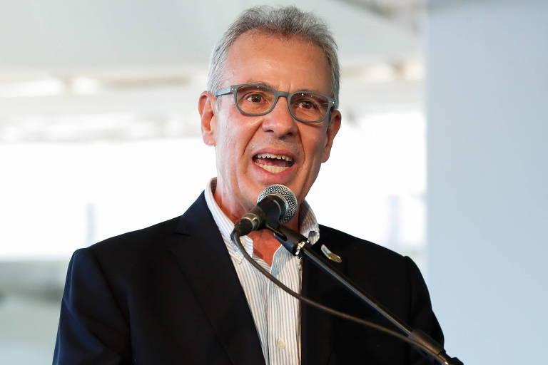 Ministro de Minas e Energia aciona rede nacional para afastar risco de apagão