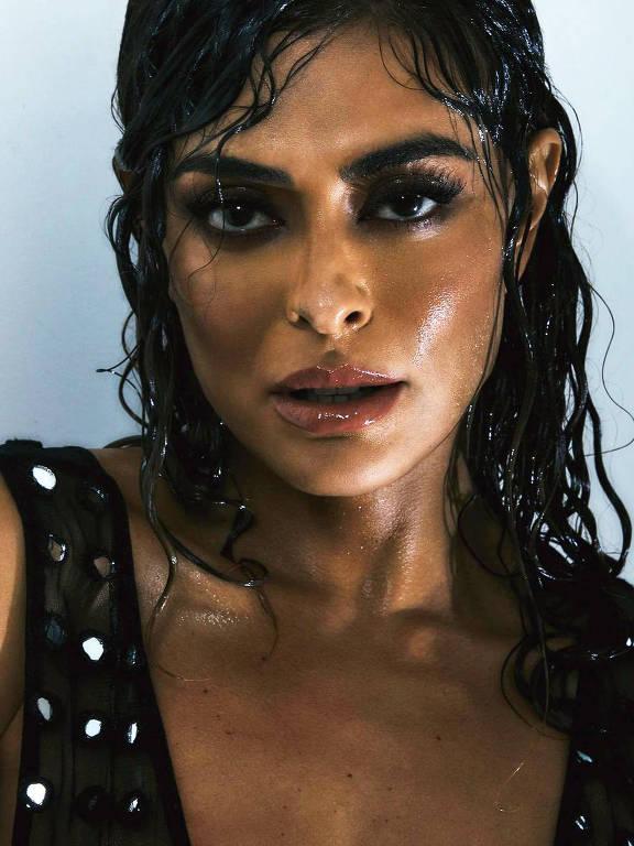 Imagens da atriz Juliana Paes