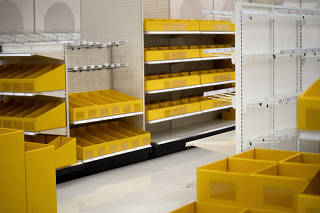 The empty shelves at a Target store in Dallas on June 25, 2020, highlight how companies of all types were unprepared for a crisis. (Nitashia Johnson/The New York Times)