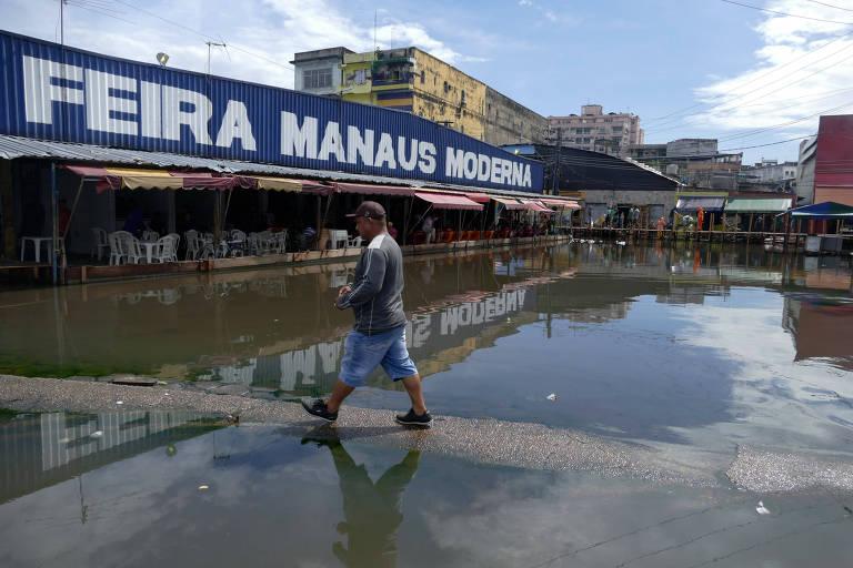 Rio Negro continua a subir e atinge novo recorde de cheia em Manaus