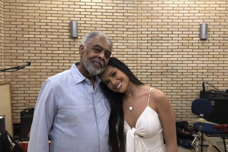 Juliette faz parceria com Gilberto Gil e canta com ele em live junina