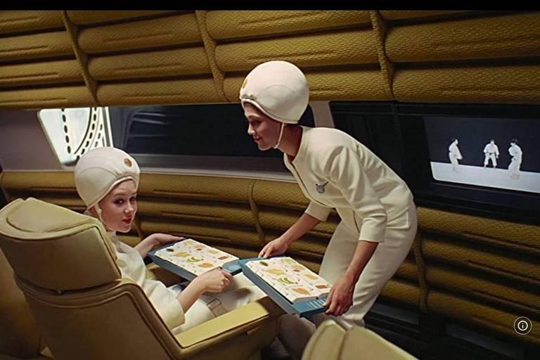 """Cena do filme """"2001, Uma Odisseia no Espaço"""""""