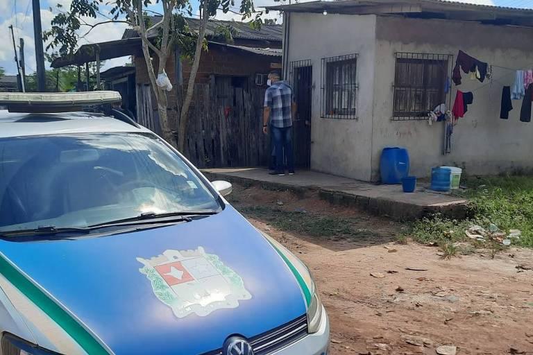 Sete crianças e uma adolescente são encontradas presas e com fome em casa no Amapá