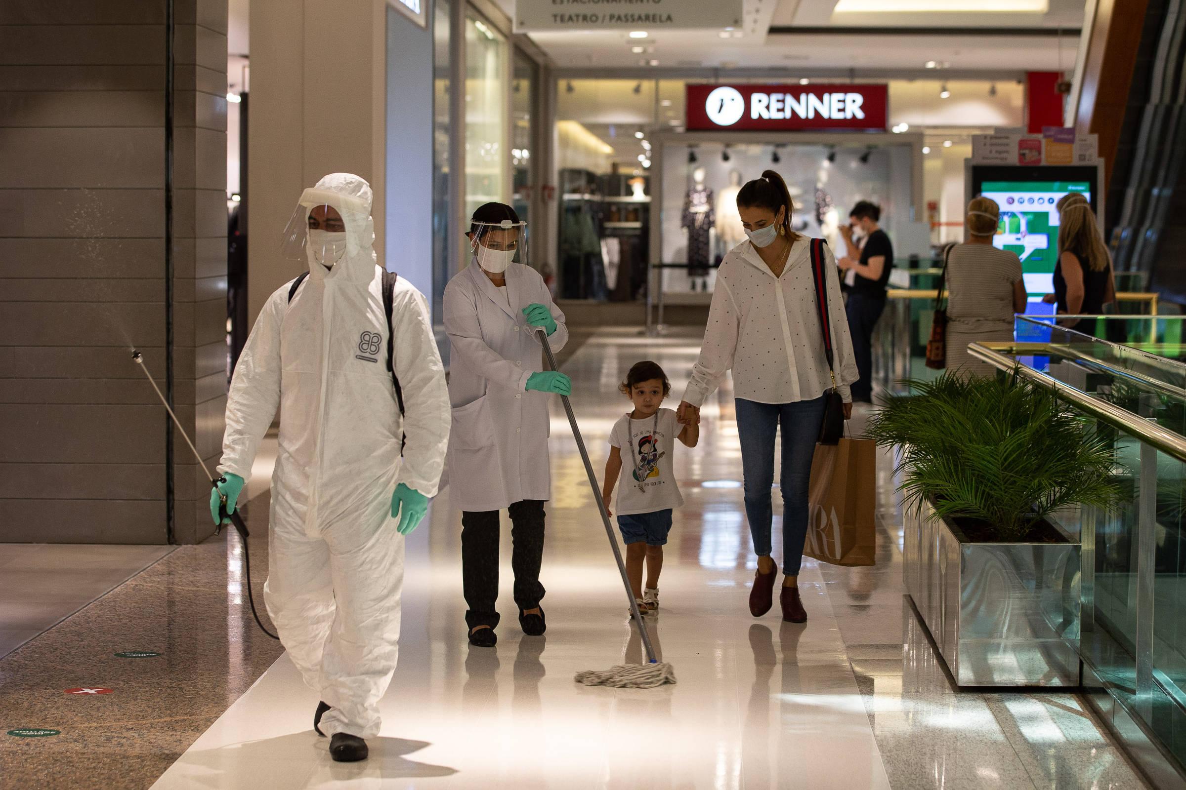 Compras em rede social avançam e elevam concorrência para shoppings