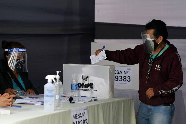 Castillo assume liderança em eleição no Peru, e Keiko fala em fraude