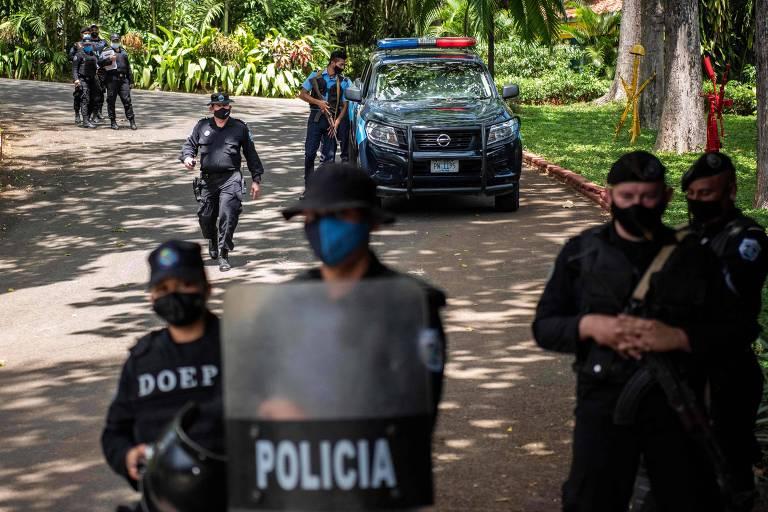 Cresce a repressão na Nicarágua, onde a democracia está por um fio