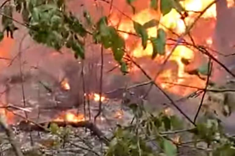 Queda de avião em MT, goleada do São Paulo e Queiroga na CPI da Covid; veja fotos de hoje
