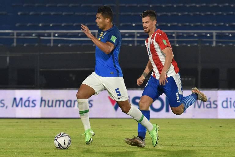 Casemiro foi capitão contra o Equador, na vitória por 2 a 0 em Porto Alegre