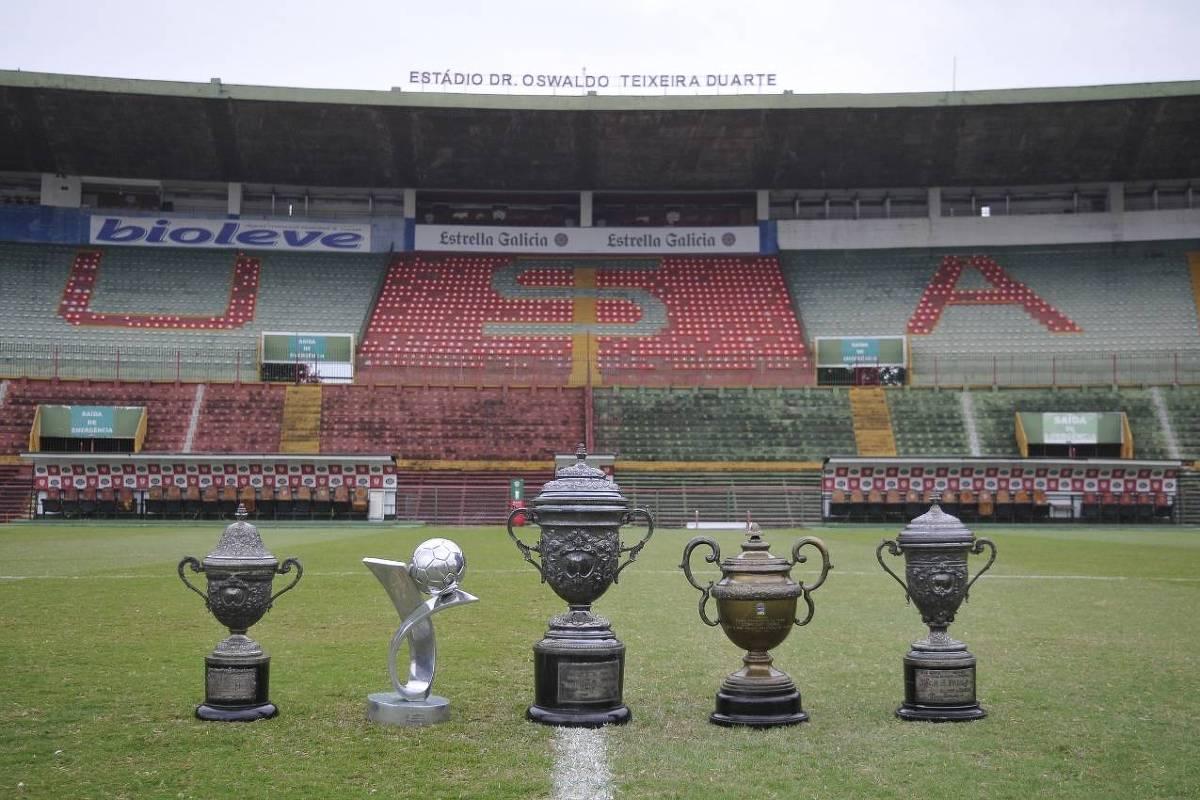 Portuguesa recupera troféus penhorados da 'Barcelusa' e do Paulista de 1973