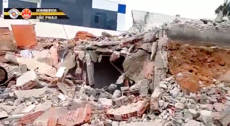 Desabamento deixa dois operários mortos em São Paulo