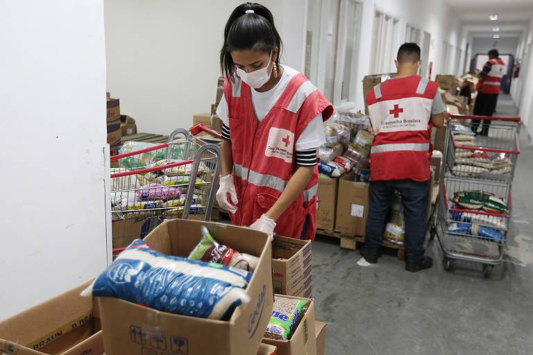 Cruz Vermelha São Paulo promove campanha de doação de agasalhos, alimentos e itens de higiene