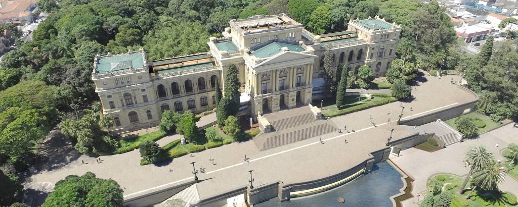 Vista aérea do museu e parte do jardim