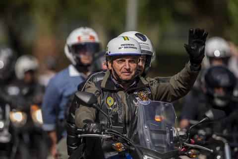 Além de Bolsonaro, Doria multou outras 321 pessoas por transitarem sem máscara no ano