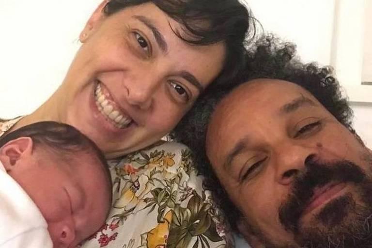 Nasce Joaquim, filho de Mariana Betti e Quito Ribeiro