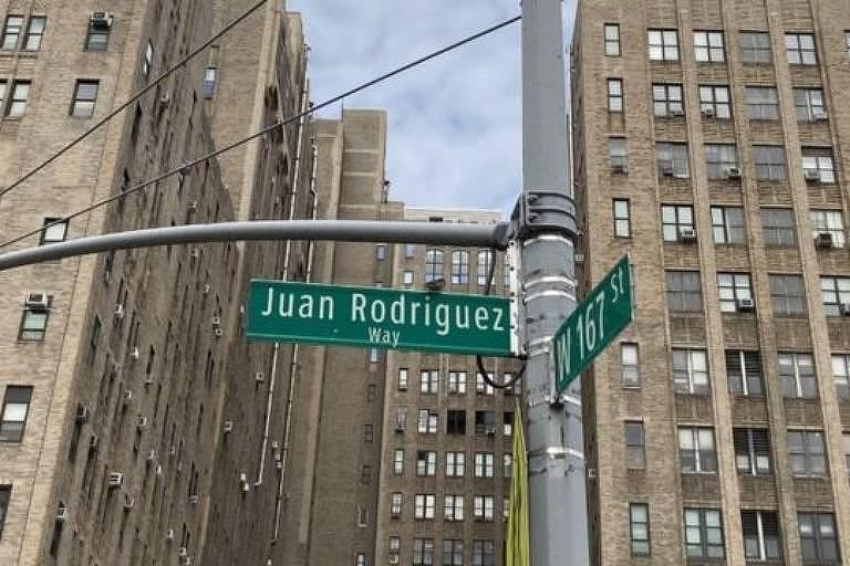 Um trecho da avenida Broadway entre as ruas 159 e 218 foi nomeada em homenagem a Juan Rodríguez