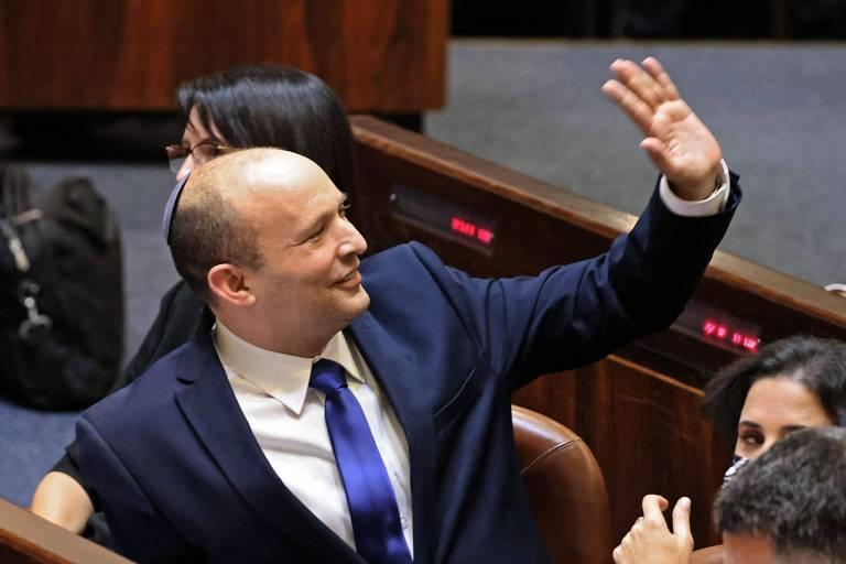 Parlamento de Israel aprova novo premiê por 1 voto e põe fim a era Netanyahu