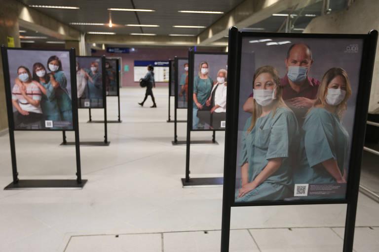 Profissionais de saúde contam em exposição como sobrevieram à contaminação por Covid-19