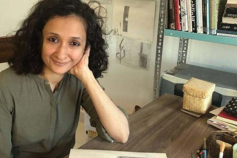 A artista Mahreen Zuberi divide as tarefas em partes — e aloca aquelas que exigem foco profundo em seu horário mais produtivo