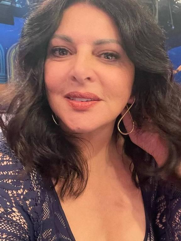 Imagens da apresentadora Sônia Lima
