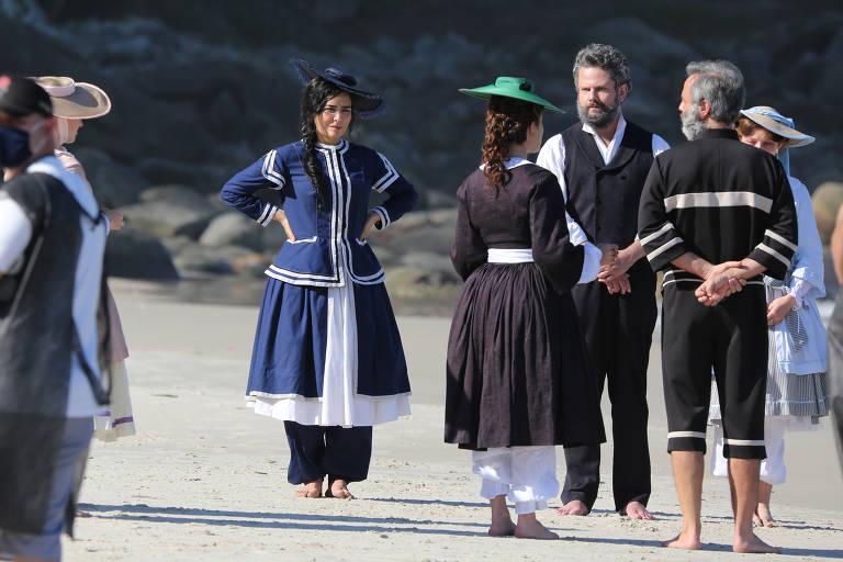 Globo grava novela Nos Tempos do Imperador na praia do Abricó