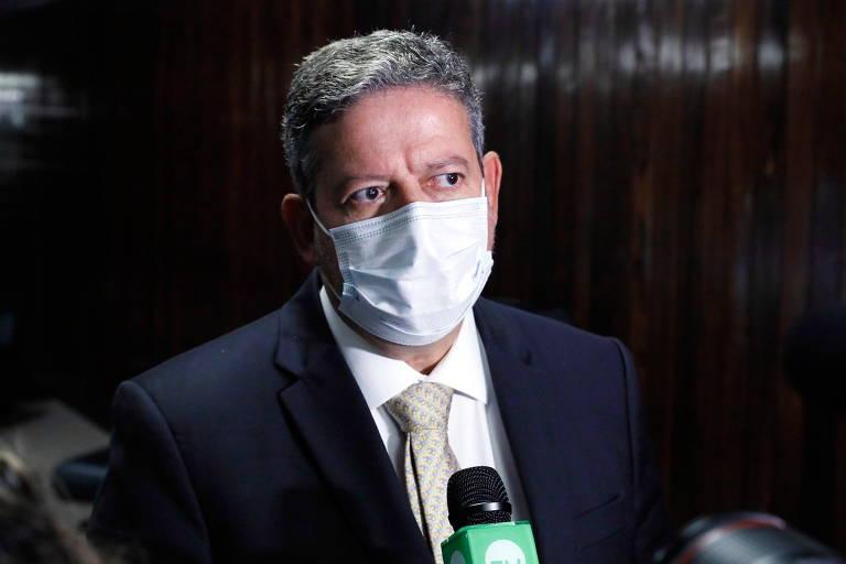 Condenado, Arthur Lira acelera mudança de lei que pode beneficiá-lo