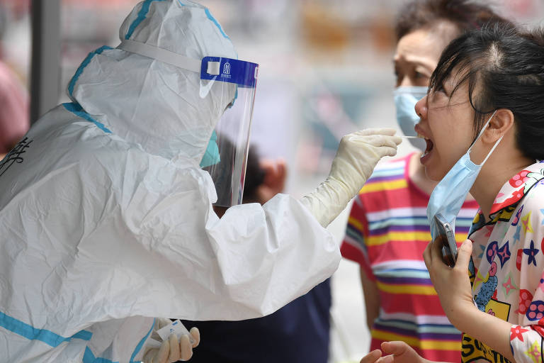 Por que a Ásia, campeã da pandemia, continua tão longe da linha de chegada?