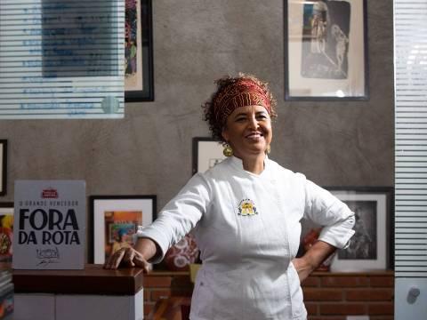 A chef Ieda de Matos, que venceu o reality Fora da Rota e comanda o restaurante temporário Portinha Stella, em Higienópolis