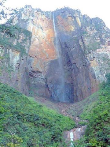Mirador de Salto Angel, no 2º dia de trekking e de rapel no caminho ao tepui Auyantepui, no Parque Nacional Canaima, na Venezuela ORG XMIT: BYaY5On98_RAkBU45Z0c