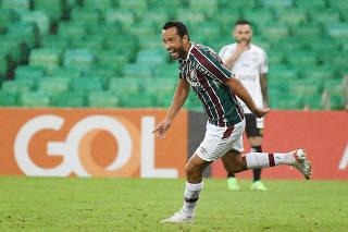 Partida entre Fluminense e Santos pelo Campeonato Brasileiro 2021.