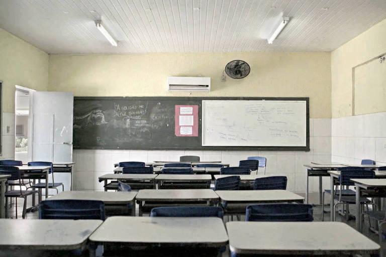 Cena do filme 'Nunca me Sonharam', de Cacau Rhoden, que retrata o ensino médio público no Brasil