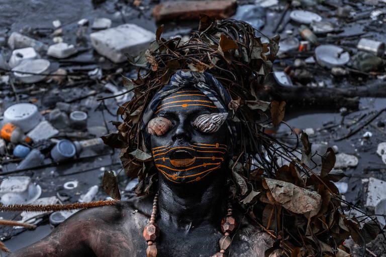 Conheça artistas de povos originários da próxima Bienal