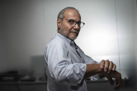 SÃO PAULO, SP, BRASIL, 24-02-2021: Retrato do empresário Renato Ticoulat, presidente da rede de franquias Limpeza com Zelo. (Foto: Bruno Santos/ Folhapress) *** FSP-MERCADO *** EXCLUSIVO FOLHA***