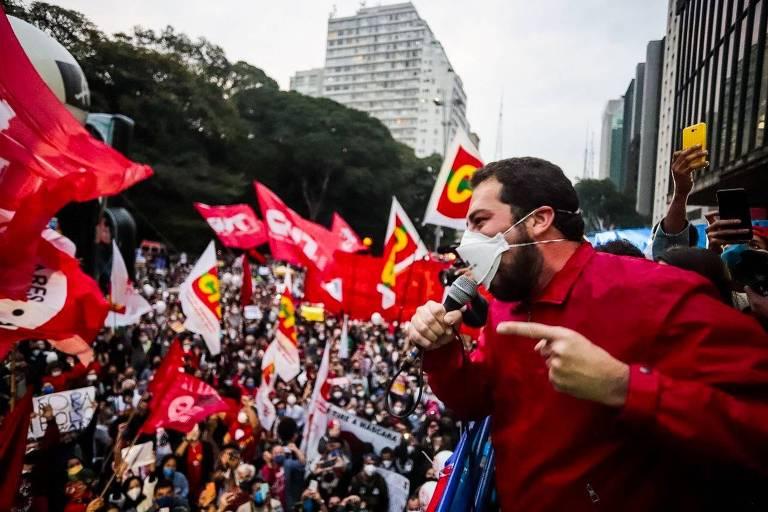Políticos e famosos participam de protestos contra o presidente Jair Bolsonaro em 19.06.21