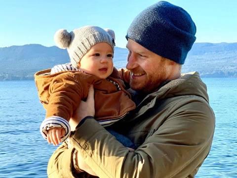 Príncipe Harry com o filho Archie
