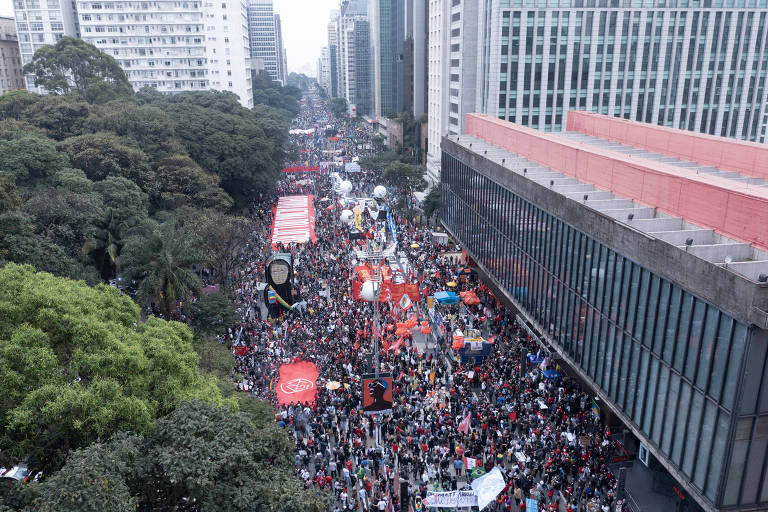 Esquerda quer ampliar pressão por impeachment de Bolsonaro, mas esbarra em adesão do centro e tom eleitoral dos atos