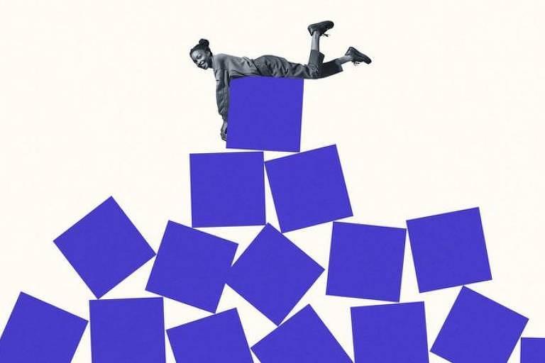 Ilustração sobre burocracia de reuniões de trabalho mostra mulher deitada sobre formas geométricas que formam uma espécie de pirâmide