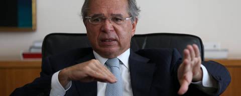 BRASILIA, DF,  BRASIL,  20-05-2021, 12h00: O ministro da Economia Paulo Guedes durante entrevista à Folha em seu gabinete. (Foto: Pedro Ladeira/Folhapress, MERCADO) ***EXCLUSIVO*** ***ESPECIAL***